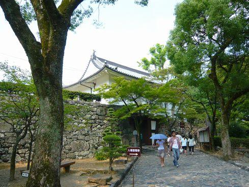 犬山城本丸門(復元?)