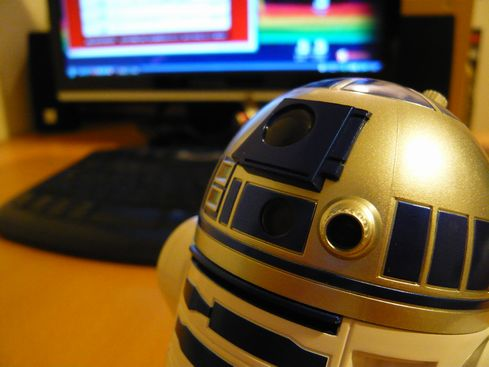 R2-D2 USBハブの頭部