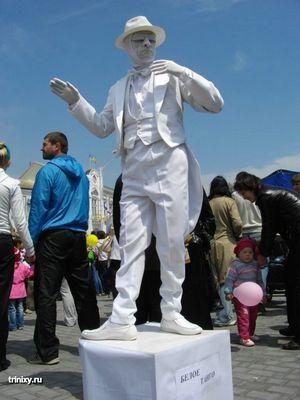 live_statues_08